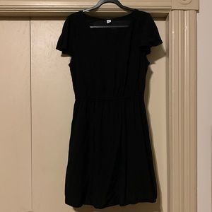 NWOT Old Navy Black V-Neck Swing Dress